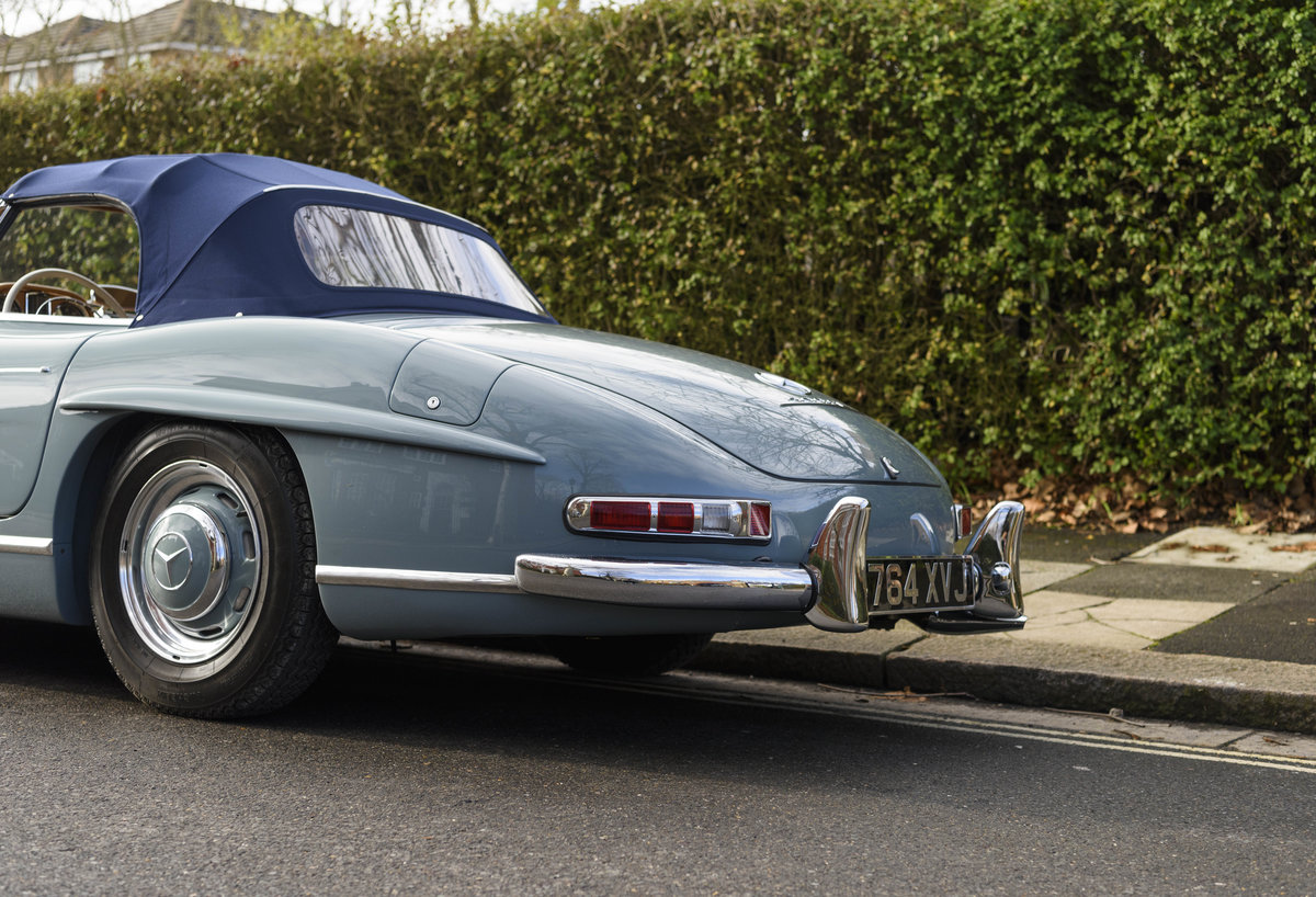 1957 Mercedes-Benz 300SL Roadster (LHD) For Sale (picture 15 of 32)