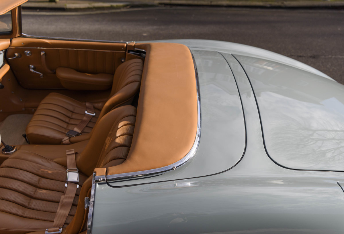1957 Mercedes-Benz 300SL Roadster (LHD) For Sale (picture 18 of 32)