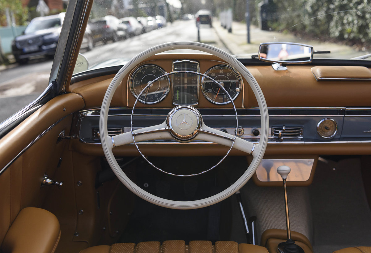 1957 Mercedes-Benz 300SL Roadster (LHD) For Sale (picture 20 of 32)