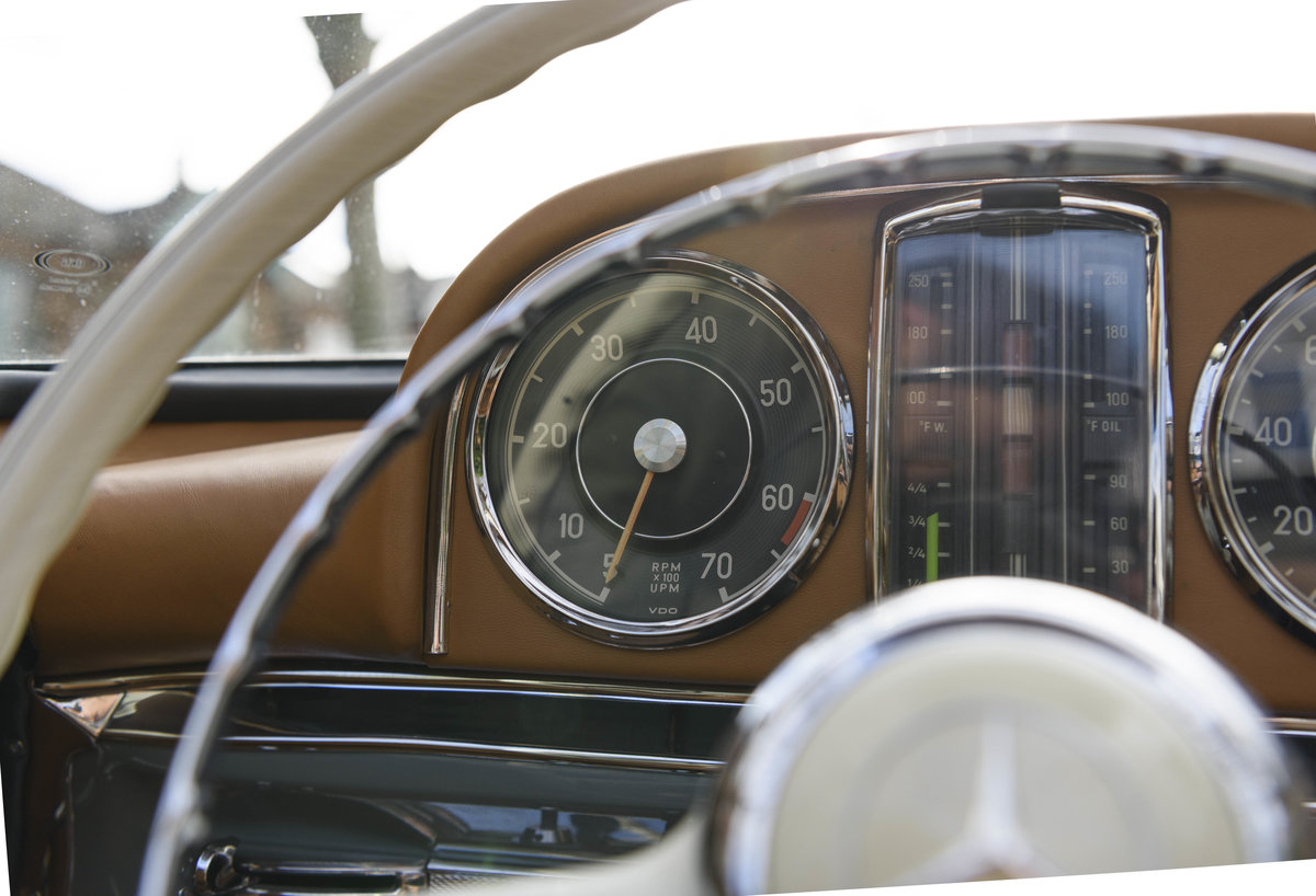 1957 Mercedes-Benz 300SL Roadster (LHD) For Sale (picture 22 of 32)