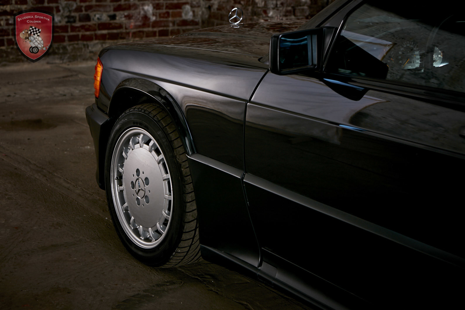 1990 Mercedes Benz 190 E  2.5   16 V For Sale (picture 7 of 12)