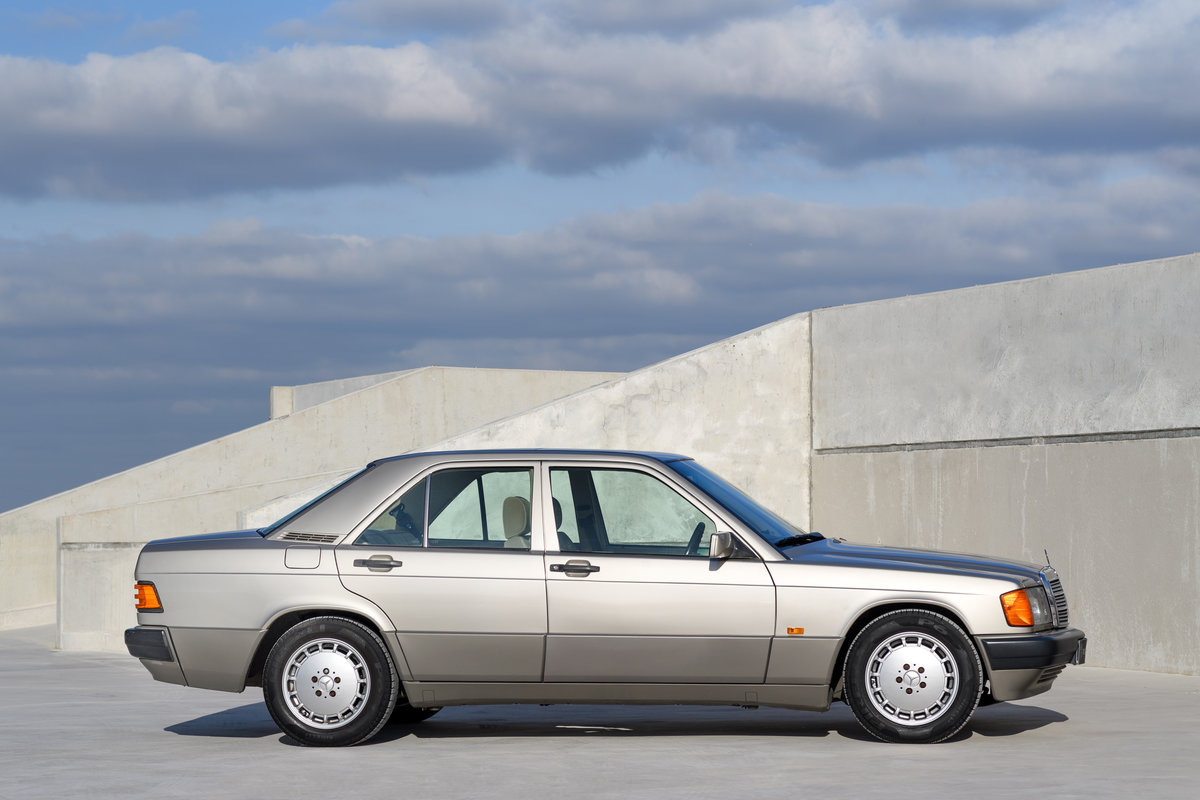 1992 Mercedes-Benz 190E 2.0 SOLD (picture 2 of 11)