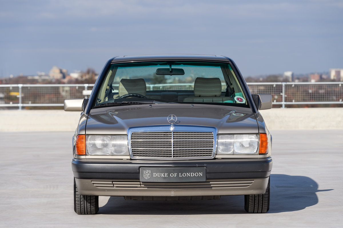1992 Mercedes-Benz 190E 2.0 SOLD (picture 4 of 11)