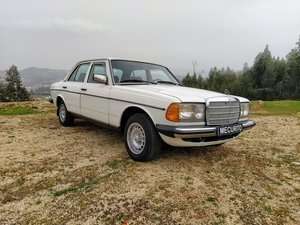 Picture of 1982 Mercedes W123 300D For Sale