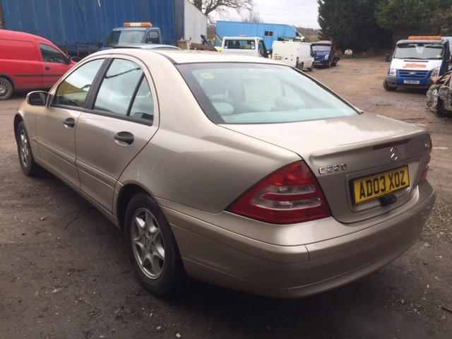 2003 MERCEDES  C220 CDI CLASSIC SE For Sale (picture 2 of 4)
