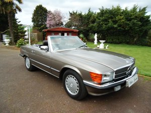 Picture of Mercedes 560SL 1988 For Sale