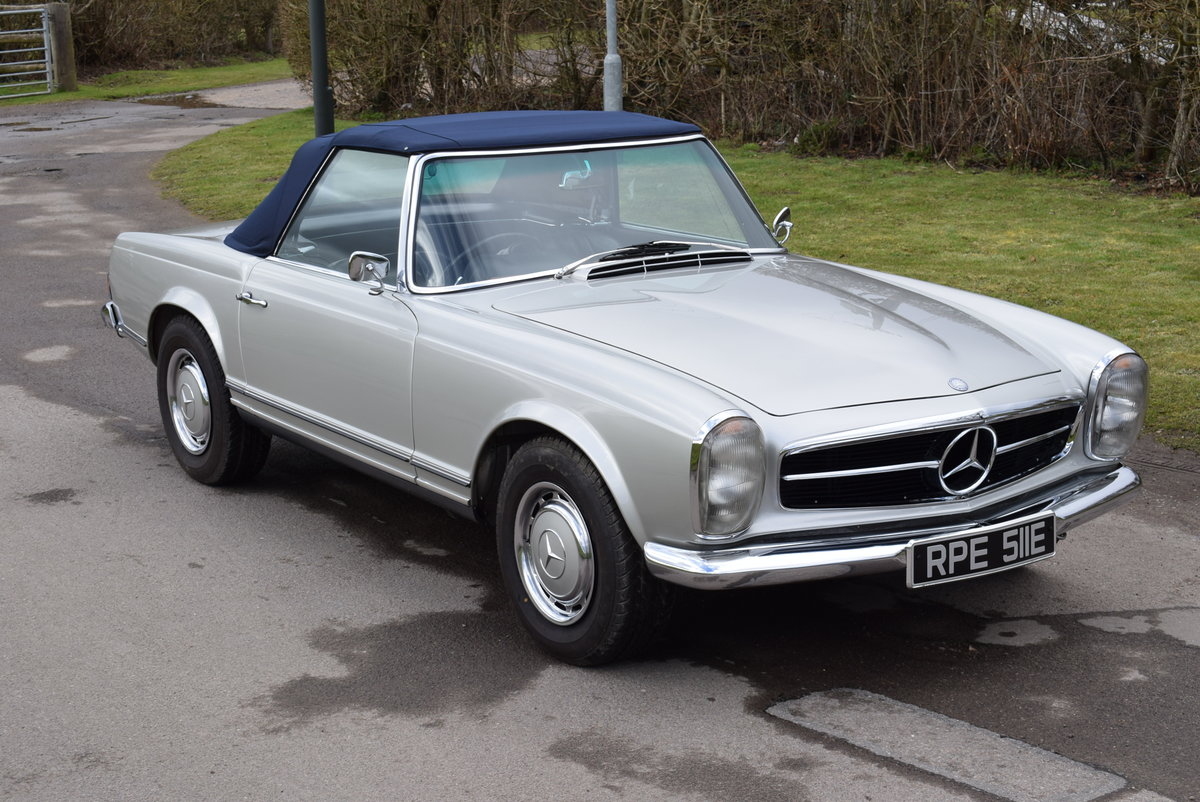 1967 MERCEDES BENZ 250 SL W113 Pagoda Original UK RHD Automatic For Sale (picture 4 of 12)