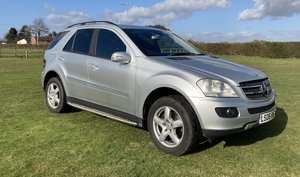 Picture of 2006 Mercedes Benz ML 320 CDI SE For Sale
