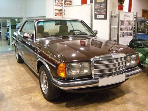 MERCEDES BENZ 230 CE W123 - 1980 For Sale (picture 1 of 6)