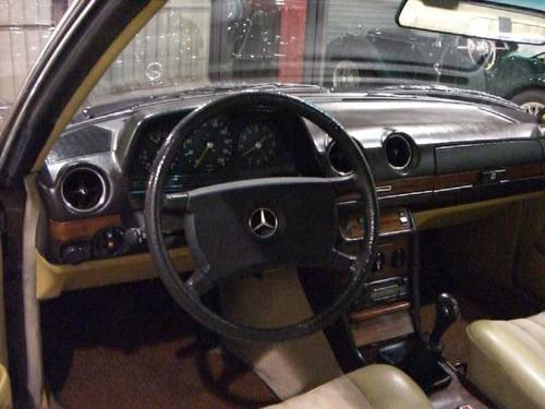 MERCEDES BENZ 230 CE W123 - 1980 For Sale (picture 3 of 6)