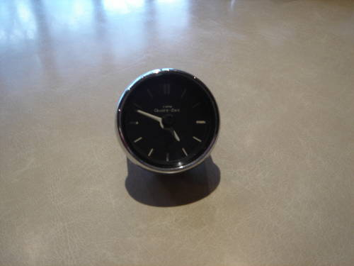 Mercedes VDO Clock W108 SE SEL For Sale (picture 1 of 1)