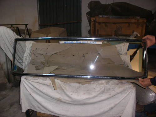1955 windscreen For Sale (picture 1 of 2)