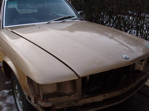 1980 Mercedes coupe for restoration(low mileage) For Sale (picture 2 of 6)