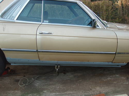 1980 Mercedes coupe for restoration(low mileage) For Sale (picture 5 of 6)