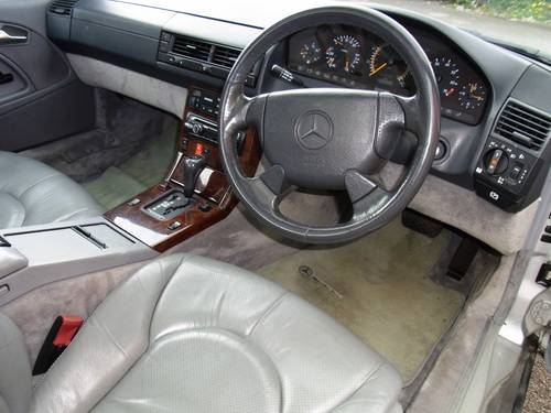 1996 Mercedes-Benz SL 320 (AMG Alloys) Reg DHE219 For Sale (picture 5 of 6)