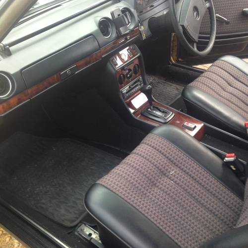 1978 MERCEDES 230c (W123 Coupe) 2 owners. SOLD (picture 6 of 6)