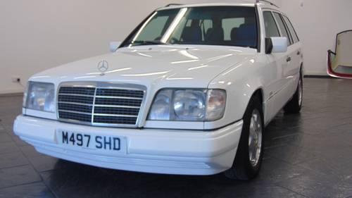 1994 W124 E280 Estate 7 - Seater For Sale (picture 1 of 6)