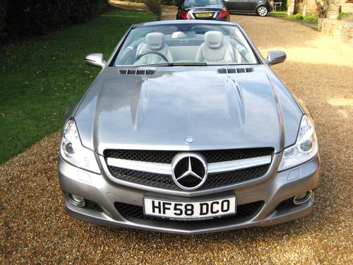 2009 Mercedes Benz SL350 AMG Sports With Pan Roof + Air Scarf For Sale (picture 6 of 6)