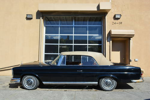 1963 Mercedes-Benz 220SE Cabriolet For Sale (picture 3 of 5)