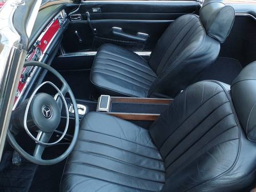 1971 Mercedes Benz 280 SL 'Pagode' For Sale (picture 3 of 6)