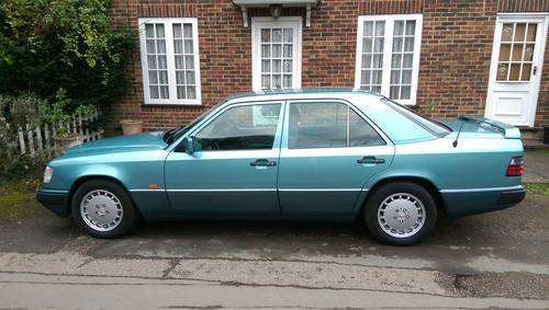 1991 Outstanding low mileage W124 300E-24 saloon For Sale (picture 2 of 6)