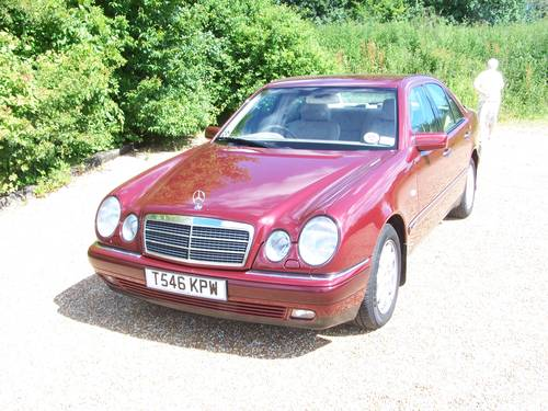 1999 Beautiful E ClASS W210 300TD For Sale (picture 1 of 6)