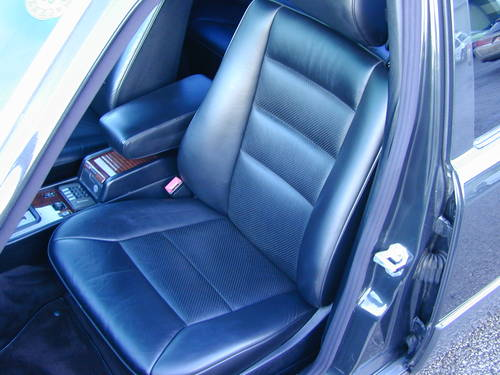 1994 MERCEDES BENZ W124 E320 AUTO RHD - CHOICE OF CARS RHD/LHD For Sale (picture 5 of 6)
