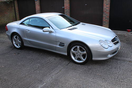 2002 Stunning SL500 with AMG alloys 89k FSH - 200+ pics online For Sale (picture 1 of 6)