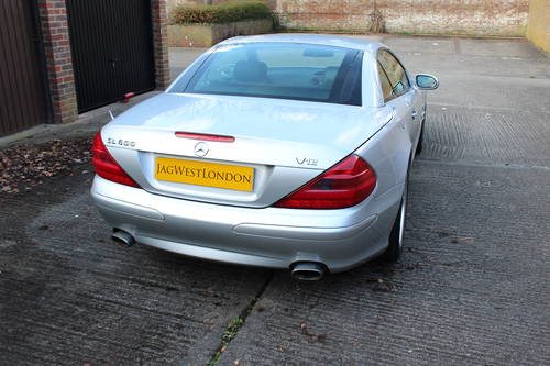 2002 Stunning SL500 with AMG alloys 89k FSH - 200+ pics online For Sale (picture 2 of 6)
