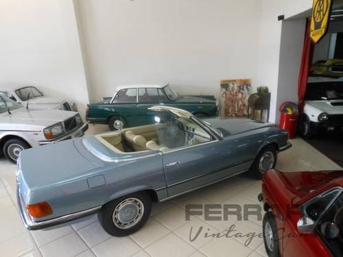 1971 Mercedes 350SL R107 SOLD (picture 2 of 6)