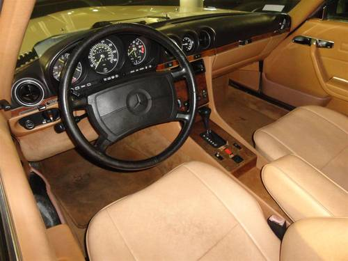 1987 Mercedes 560SL white For Sale (picture 5 of 6)