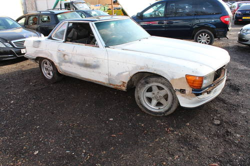1978 2 x Mercedes SL unfinished resto - 1 x auto and 1 x manual  For Sale (picture 1 of 6)