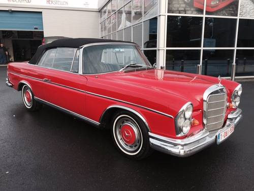 1966 Excellent Mercedes 300 SE Conv manual gearbox For Sale (picture 1 of 6)