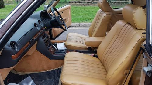 1985 280CE 48000Mil 2ownr A/c Lthr Cruise Sroof Win For Sale (picture 2 of 6)