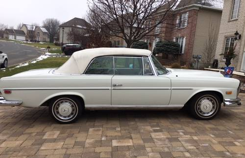 1967 Mercedes-Benz 250SE Cabriolet For Sale (picture 2 of 4)