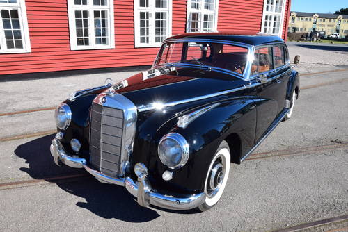 """1956 Mercedes 300C aut. """"Adenauer"""" - fully restored LHD For Sale (picture 1 of 6)"""
