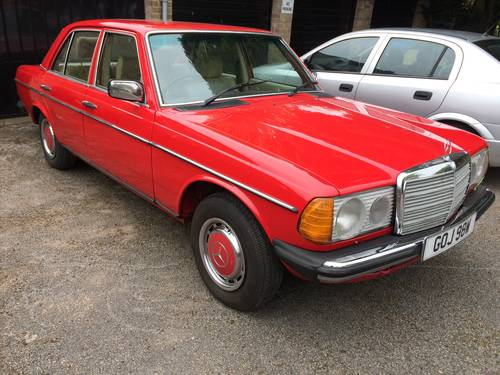 1980 Mercedes Benz 300d Auto 61k W123 For Sale (picture 1 of 2)