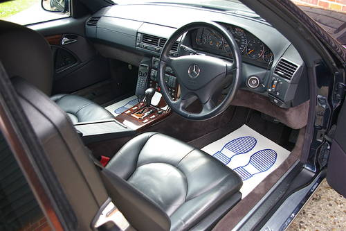 1999 R129 Mecedes-Benz SL320 Convertible Auto (17,673 miles) SOLD (picture 4 of 6)