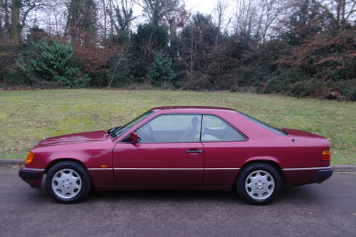 MERCEDES 220 CE AUTO..W124 COUPE..LOW MILES..FSH SOLD (picture 1 of 6)