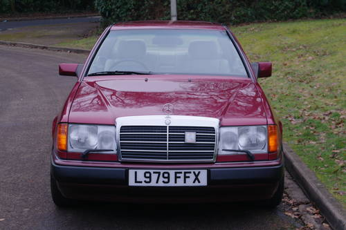 MERCEDES 220 CE AUTO..W124 COUPE..LOW MILES..FSH SOLD (picture 2 of 6)