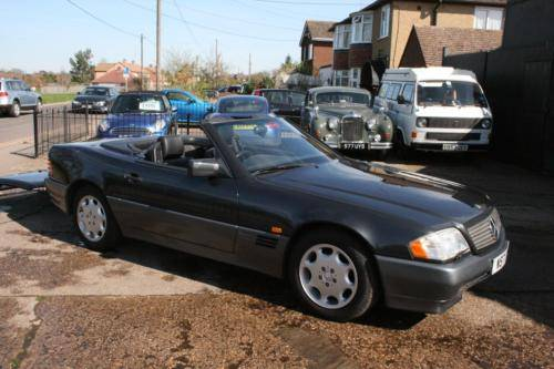 1995 Mercedes-Benz SL320 3.2 auto SOLD (picture 1 of 6)