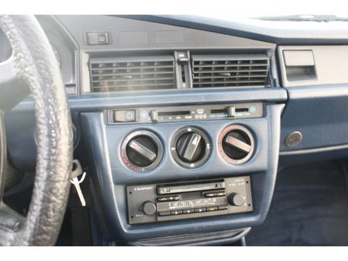 1984 Mercedes-Benz 190 2.0 E.  For Sale (picture 5 of 6)