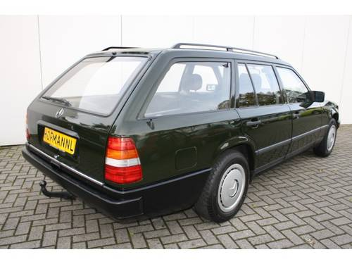 1986 Mercedes-Benz 200-serie 230 TE  For Sale (picture 2 of 6)