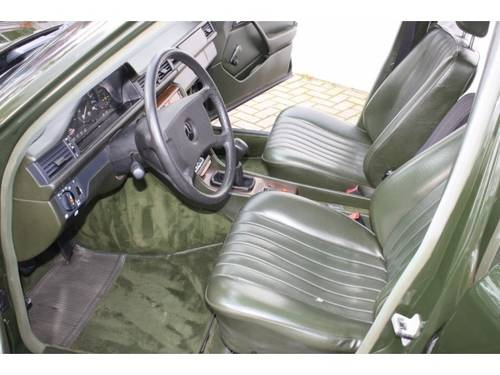 1986 Mercedes-Benz 200-serie 230 TE  For Sale (picture 3 of 6)
