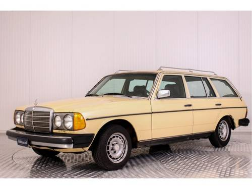 1979 Mercedes-Benz 200-serie 300 TD For Sale (picture 1 of 6)