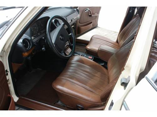 1979 Mercedes-Benz 200-serie 300 TD For Sale (picture 3 of 6)