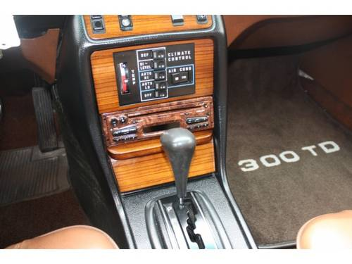 1979 Mercedes-Benz 200-serie 300 TD For Sale (picture 5 of 6)