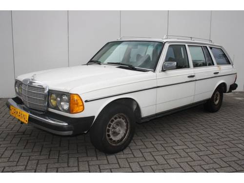 1985 Mercedes-Benz 200-serie 300 TD Turbo diesel For Sale (picture 1 of 6)