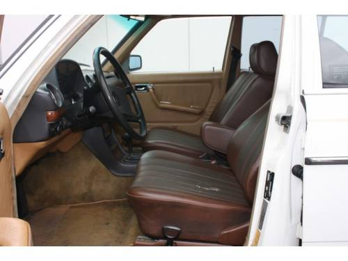 1985 Mercedes-Benz 200-serie 300 TD Turbo diesel For Sale (picture 3 of 6)