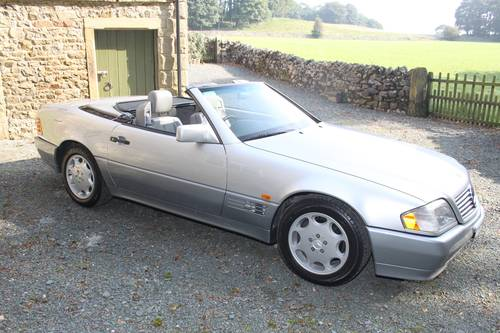 1994 Mercedes Benz SL280 Automatic SOLD (picture 1 of 6)